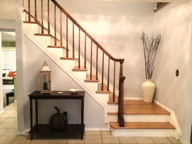 After Staging: Using a console table that fits the space.